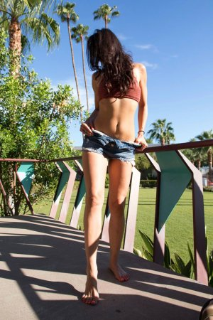 Melania nuru massage in Rincon GA and escort girl