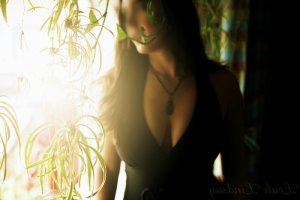 Naig escort girl in Sudley VA & erotic massage