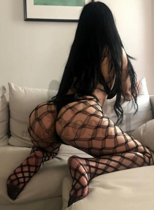 Luyana escorts in Cincinnati OH & erotic massage